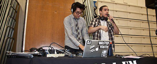 WARY FM Radio DJs