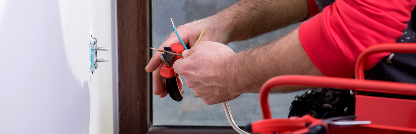 Residential-Electrician_header